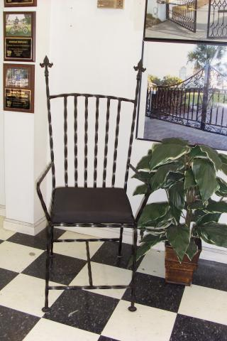 Wrought_Iron_Chair_002.JPG